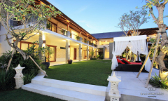 Image 2 from 5 Bedroom Villa For Monthly Rental in Berawa
