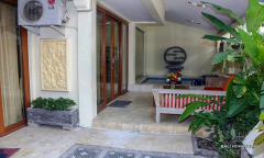Image 1 from 5 Bedroom Villa For Sale Leasehold in Petitenget