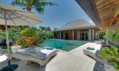 Image 2 from 5 Bedroom Villa for Monthly & Yearly Rental near Berawa Beach