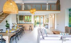Image 2 from Villa de 5 chambres pour la location annuelle et la vente de bailhold à Berawa