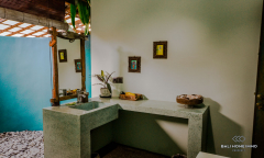 Image 2 from 5 Bedrooms Villa For Yearly Rental in North Canggu