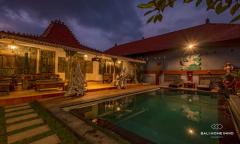 Image 2 from Villa classique de 6 chambres à coucher pour le mois et l'année à Canggu