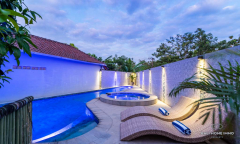 Image 1 from 6 Bedroom Villa For Sale Freehold in Nusa Dua