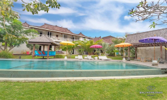 Image 1 from 6 BEDROOM VILLA FOR YEARLY RENTAL IN UMALAS