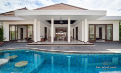 Image 2 from A Complex of Villa Comprising 15 Bedroom For Sale in Near Benoa Beach
