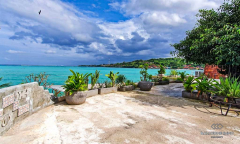 Image 1 from Beachfront Restaurant For Sale Leasehold in Nusa Ceningan