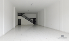 Image 3 from Commercial Space for Yearly Rental in Petitenget