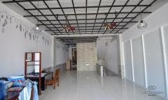 Image 2 from Bangunan Komersial Disewakan Tahunan di Seminyak