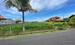 Image 2 from Terrain à vendre en pleine propriété près de la plage à Cemagi