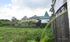 Image 2 from Tanah dekat pantai dijual bebas hak milik di Canggu - Berawa