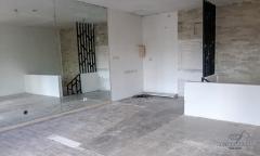 Image 3 from Bangunan Toko Disewakan Tahunan di Seminyak