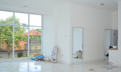 Image 2 from Shop & Office For Yearly Rental in Umalas
