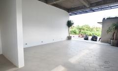 Image 3 from Magasin et bureaux à louer à l'année à Berawa - Canggu