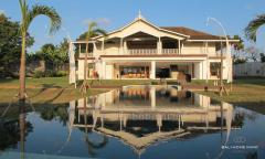 Image 1 from Villa de 6 chambres et plus pour location annuelle et mensuelle à Canggu