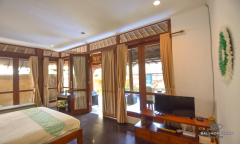 Image 2 from Villa Complex of 5 Units of Villas for Sale Leasehold in Umalas